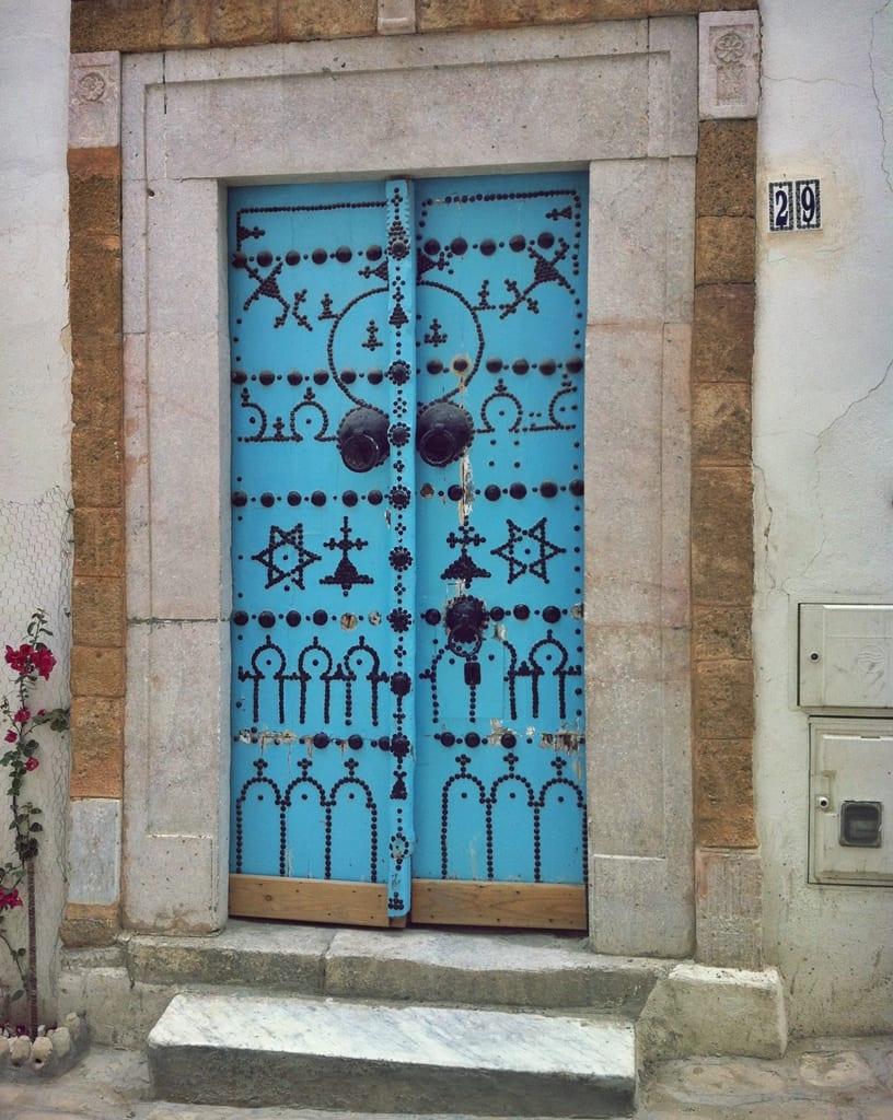 Túnez, el país de las puertas de colores - Meridiano 180