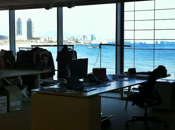 oficinas desigual meridiano 180