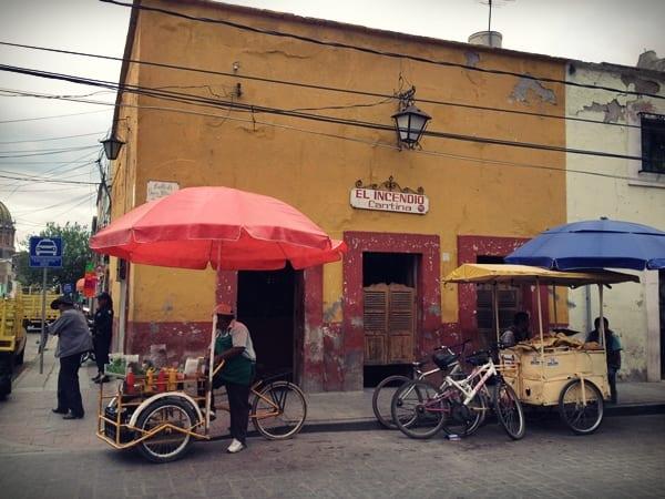 Cantina en Dolores, México