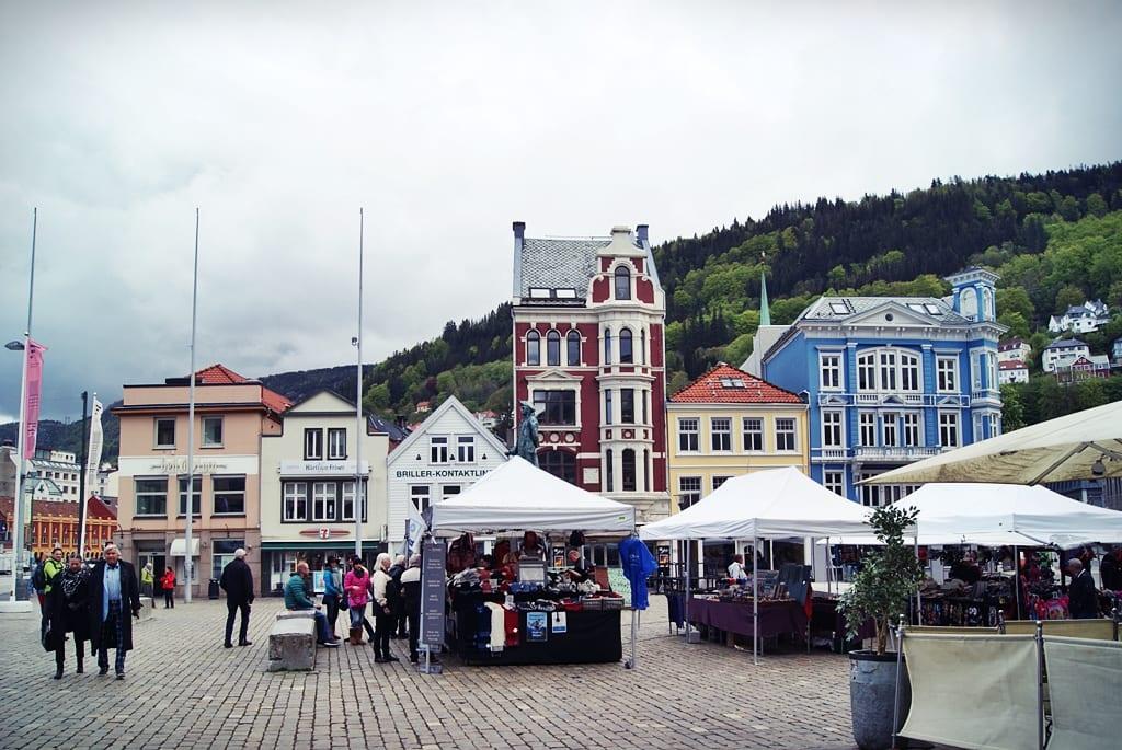 Bergen, Fiordos noruegos